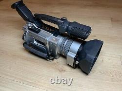 Sony Handycam DCR-VX2000E 3CCD Professional Camcorder Video Camera