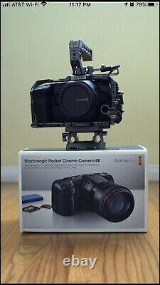 Caméra De Cinéma De Poche De Design Blackmagic 6k Avec Cage Tilta
