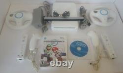 Console Nintendo Wii Mario Kart Avec Sports, 2 Contrôleurs Et Roues