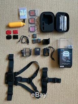 Gopro Hero 8 Noir Avec Batteries Et Accessoires Supplémentaires