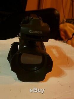 Légèrement Utilisé Hd Canon Xa10 Caméscope Intégré Avec 64 Go Sur Carte Mémoire
