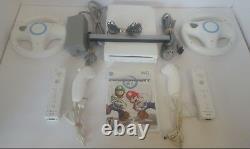 Nintendo Wii Mario Kart Console 2 Contrôleurs Et Roues