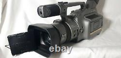 Sony Dcr-vx1000 Minidv Camcorder Entièrement Fonctionnel Avec Accessoires