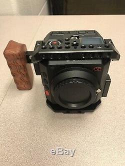 Z Cam E-2 4k Cinematic Caméra Et Corps Beaucoup D'extras